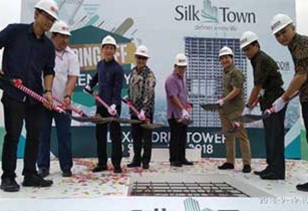 Tower Alexandria Milik Silk Town Tutup Atap